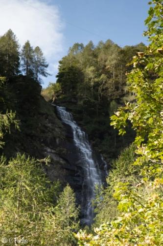 Cascade Sonogno